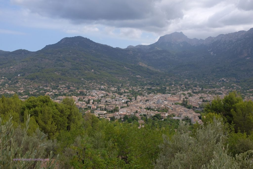 On the Orange Express between Palma and Soller