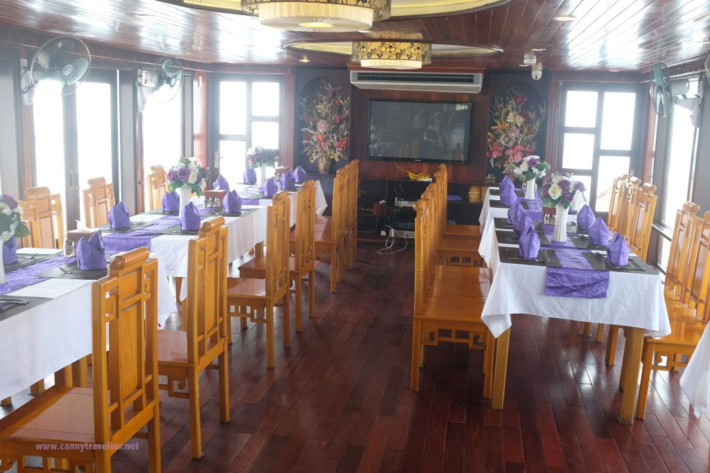 The dining room on the Viola Cruise boat